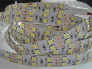 1 Super ledstrip warm wit 120 SMD5050 leds/mtr